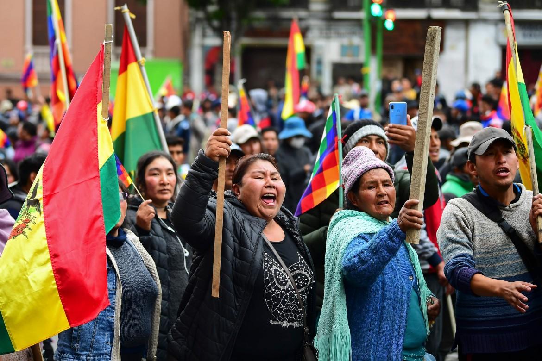 Contro il golpe in Bolivia. Siamo tutti con Evo Morales