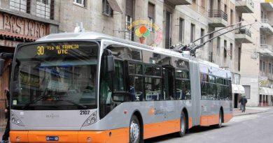 Filobus a Genova. Una cascata di tagli spacciata per innovazione